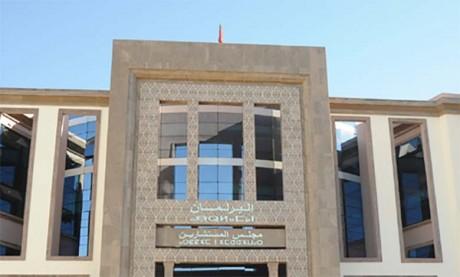 Moulay Hafid Elalamy pour l'ouverture des usines malgré la pandémie