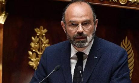 Édouard Philippe met fin à la saison 2019-2020
