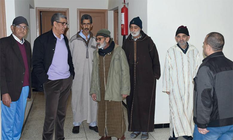 Les pensionnaires du centre d'accueil des personnes âgées de Ain Aouda soutiennent les mesures prises par l'administration pour les protéger.                   Ph. Saouri