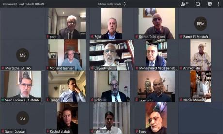 Le chef du gouvernement se réunit en ligne avec les chefs des partis politiques