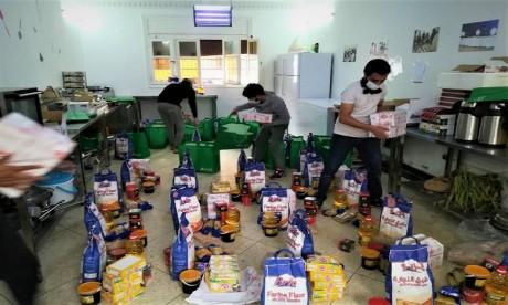 L'Ambassade de Chine distribue des paniers alimentaires aux familles démunies