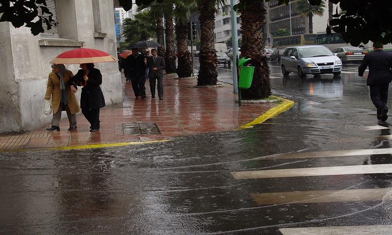 Averses orageuses fortes prévues ce vendredi dans plusieurs provinces