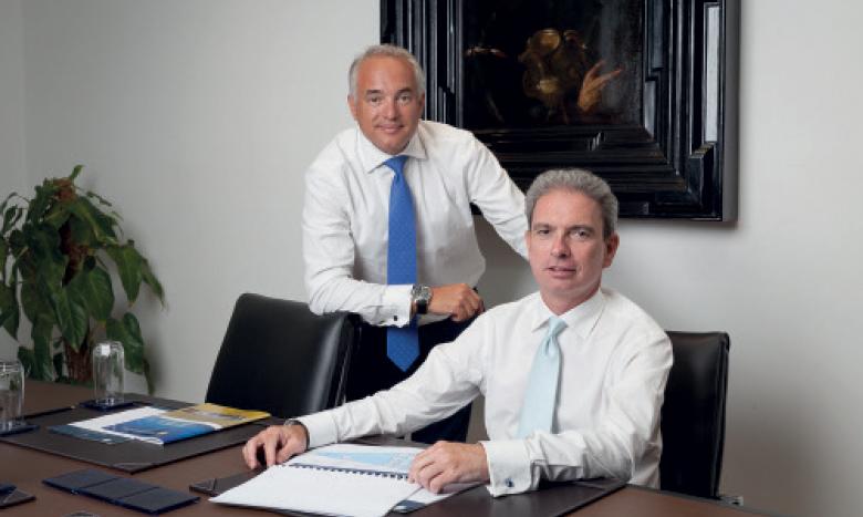 Albert Alsina, fondateur et PDG de MCP (à gauche) avec Daniel Viñas, responsable de la transaction de MetaMed.