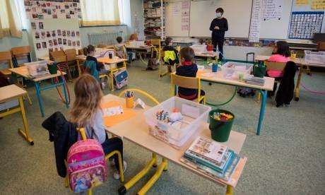 Déconfinement: La France rouvre des milliers d'écoles aujourd'hui