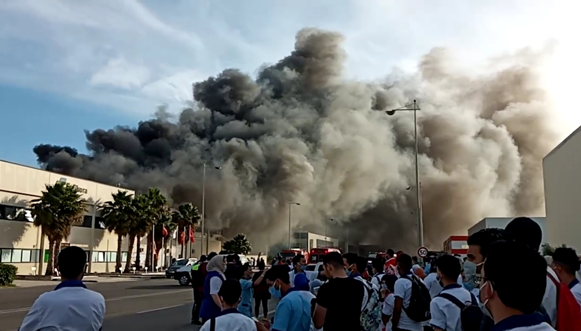 Tanger Free Zone : Incendie à l'usine Fujikura Automotive, le feu maîtrisé