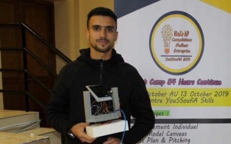 Covid-19: Un jeune inventeur marocain développe un distributeur de gel désinfectant innovant