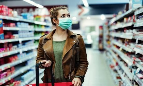 Coronavirus : Les femmes seraient plus résistantes que les hommes