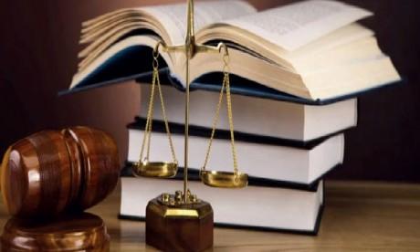 Une liste d'avocats mise à la disposition des MRE