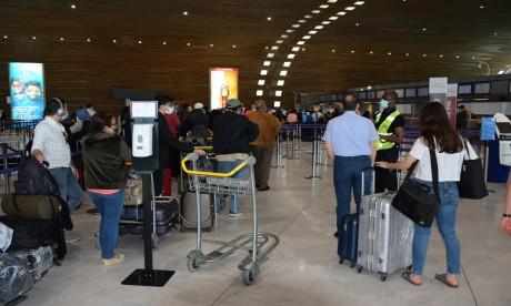 Covid-19: Rapatriement de 290 Marocains bloqués aux Emirats arabes unis