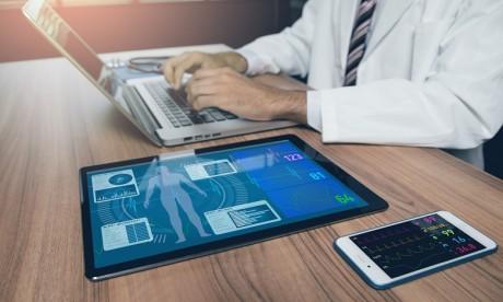 Innovation: Des accessoires connectés pour détecter le virus avant tout symptôme