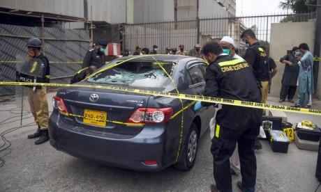 Pakistan: Au moins 6 morts dans une attaque contre la bourse de Karachi