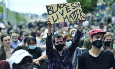 Des milliers de Belges manifestent contre le racisme