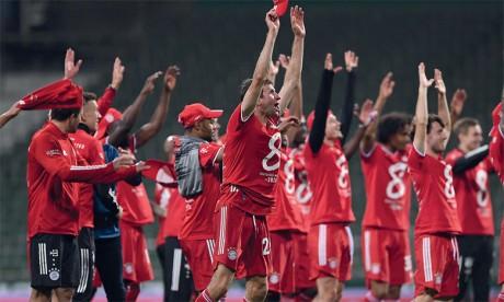 Le Bayern réussit le grand huit et soulève son 30e titre