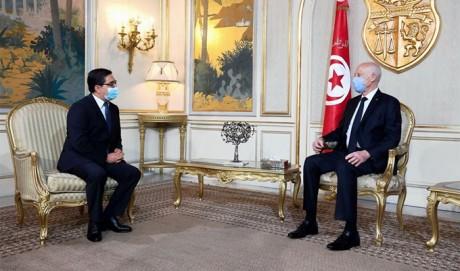 Nasser Bourita, porteur d'un message verbal de S.M. le Roi, reçu à Tunis par le Président Kaïs Saïed