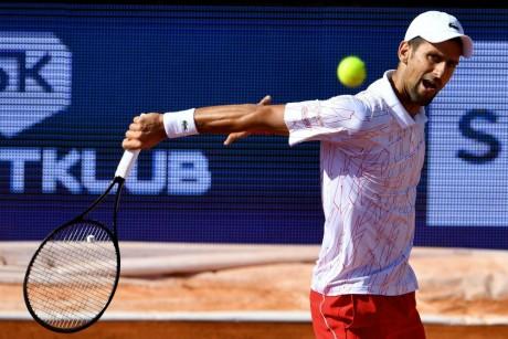 Tennis: Novak Djokovic testé positif au Covid-19