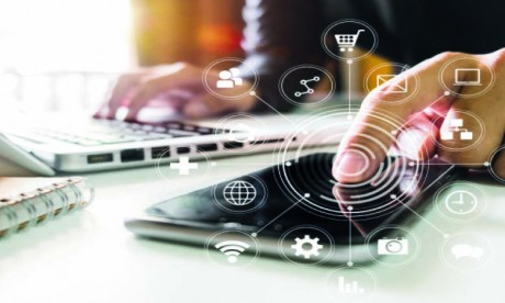 Si l'ensemble des services ne peuvent pas tous être actifs en cette période, l'équipe Marketing doit par contre penser, planifier et mettre en ligne des actions qui apporteront des résultats commerciaux rapidement. Ph. Shutterstock