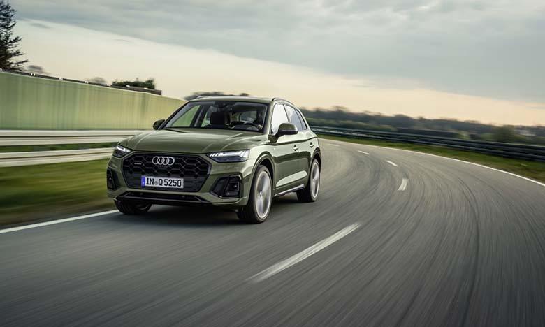 Nouvel Audi Q5 : des feux arrière étonnants !