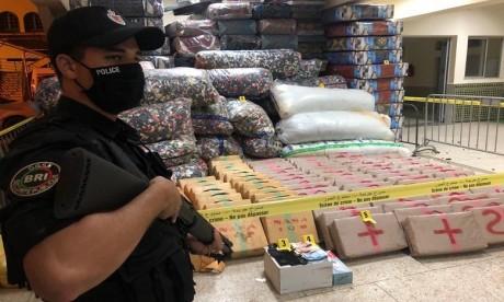 Plus de sept tonnes de résine de cannabis saisies aux environs d'El Jadida et Fès