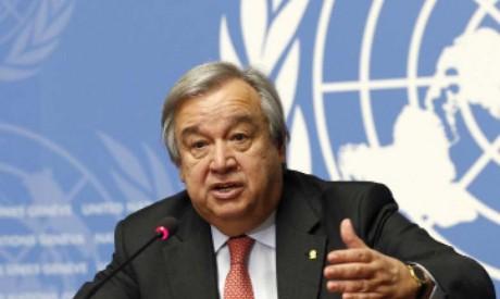 Le SG de l'ONU rend hommage au dévouement des fonctionnaires