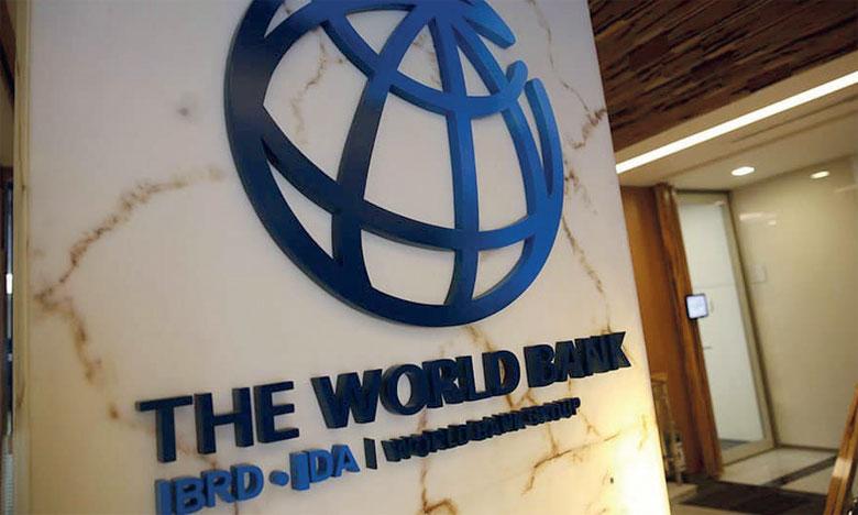 Le financement, considérablement plus élevé que celui alloué aux autres régions, représente environ le tiers de la totalité du portefeuille de la Banque mondiale.