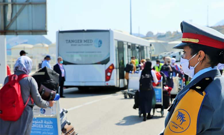 Arrivée du premier groupe de travailleuses saisonnières marocaines de HuelvaArrivée du premier groupe de travailleuses saisonnières marocaines de Huelva