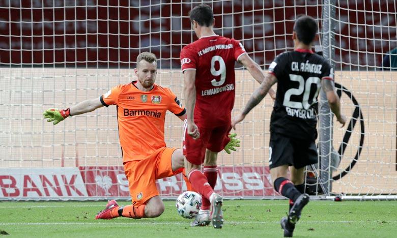 L'attaquant polonais du Bayern Munich , Robert Lewandowski, a été l'auteur d'un doublé lors de la finale face à Leverkusen. Ph :  AFP