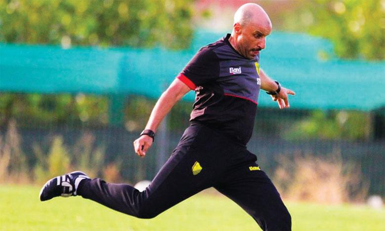 Testé positif au virus, l'entraîneur du MAS, Mounir Jaouani, a demandé aux supporters du club de prier pour son rétablissement.