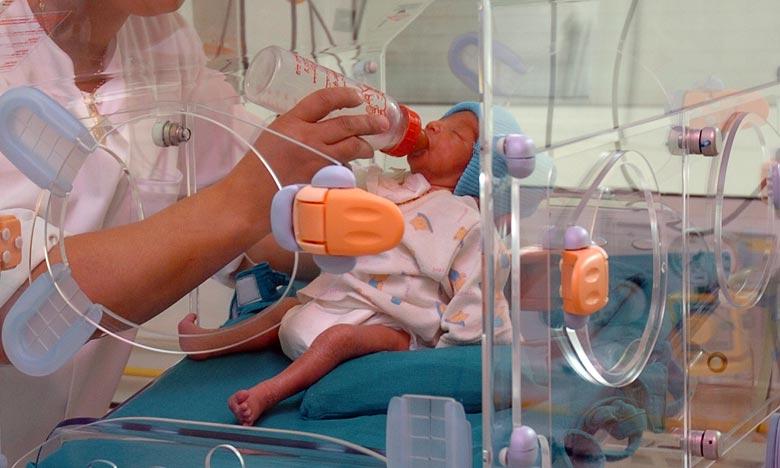 L'intervention chirurgicale a été réalisée sur un nouveau-né de 14 j et de 2kg, et qui souffrait de ventriculite infectieuse cérébrale. Ph : kartouch