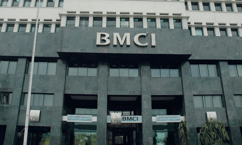 Première banque à recevoir le label RSE de la CGEM, BMCI s'est vu remettre de nombreeuses distinctions dont «Best emerging markets performers Vigéo EIRIS» et «Top Performer Vigéo EIRIS».