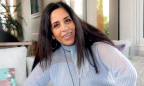 Aïcha Al Waad chante «Annajem Assatiâ»  à l'occasion de la Fête de la Jeunesse