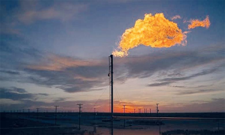La Banque mondiale explique que le brûlage des gaz sur les sites de production pétrolière est le résultat de contraintes techniques, réglementaires et ou économiques. Ph. DR