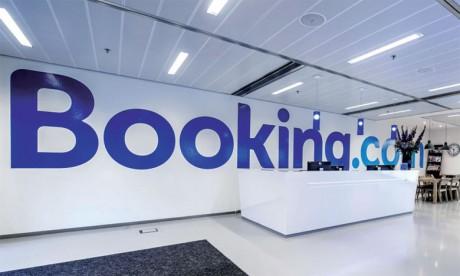 Crise sanitaire: Booking.com va licencier un quart de ses effectifs