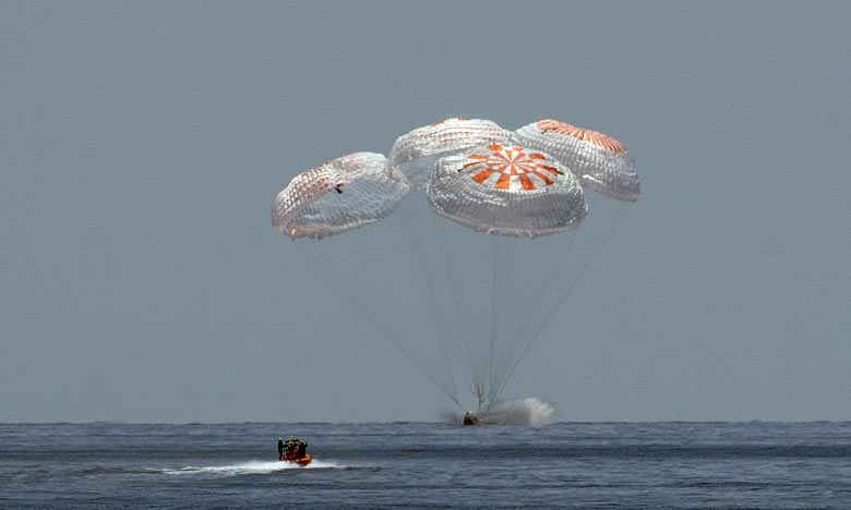 Les deux astronautes américains en provenance de la Station spatiale internationale (ISS) ont amerri dans le golfe du Mexique à bord d'une capsule SpaceX. Ph : AFP