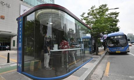 La Corée du Sud installe des abribus innovants pour lutter contre le coronavirus