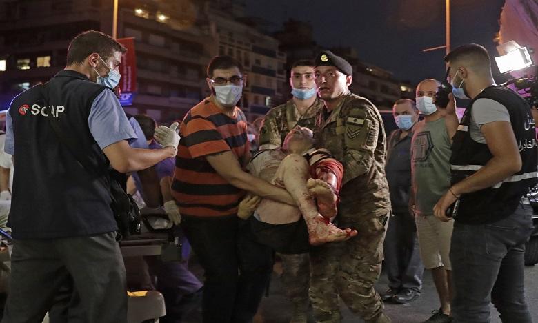 Explosions à Beyrouth: 27 morts et 2.500 blessés, selon des estimations préliminaires