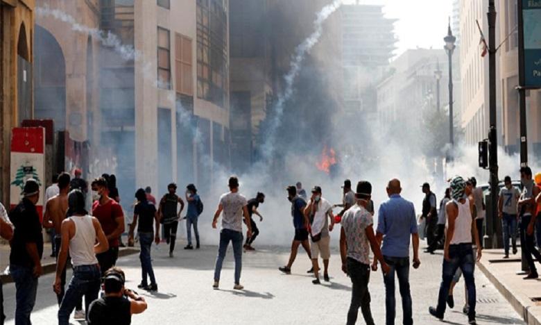 Manifestations au Liban: Un policier tué et 238 personnes blessées