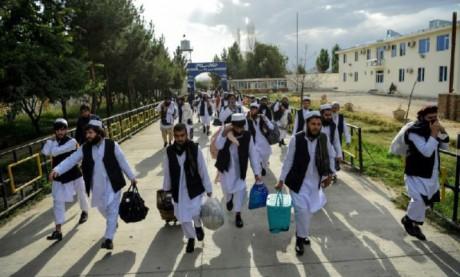 Les talibans prêts à négocier «dans la semaine qui suivra» la libération des prisonniers