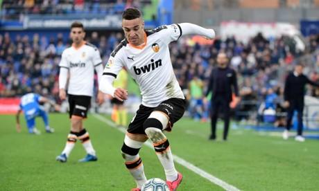 L'attaquant espagnol Rodrigo Moreno  signe à Leeds