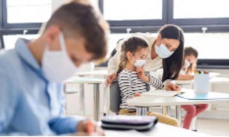 Le port de masques devient optionnel dans les établissements scolaires