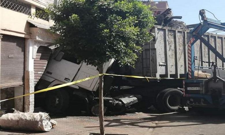 Le dérapage du poids-lourd non chargé aurait été causé par des «freins défaillants».