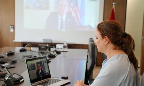 Séances virtuelles de formation et de coaching au profit des élèves sélectionnées pour participer au «WiSci Girls Camp»
