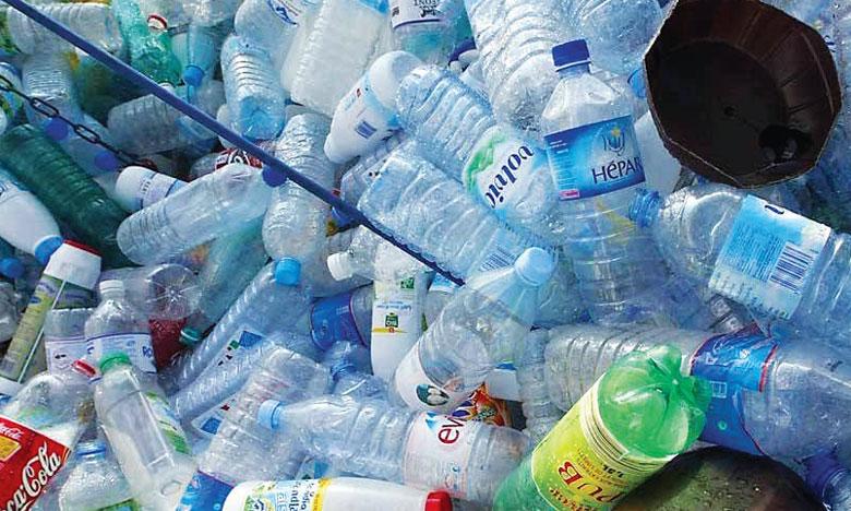 Des réseaux criminels ont investi le secteur de l'exportation de déchets plastiques, en constante augmentation, contribuant  à la pollution, a dénoncé Interpol. Ph. DR