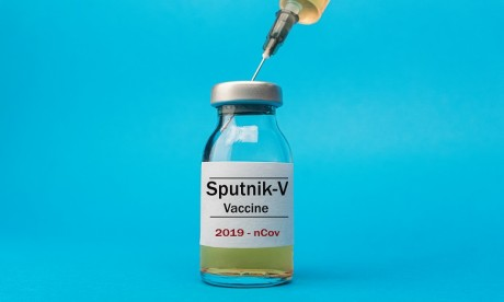 Vaccin russe: une première publication confirme des résultats préliminaires encourageants