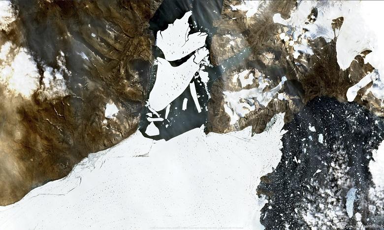 Il est normal qu'un glacier relâche de temps à autres des icebergs, mais pas d'immenses plateformes gelées de cette taille. Ph. AFP
