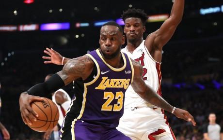 Les Lakers favoris pour l'emporter sur Miami en 6 matchs