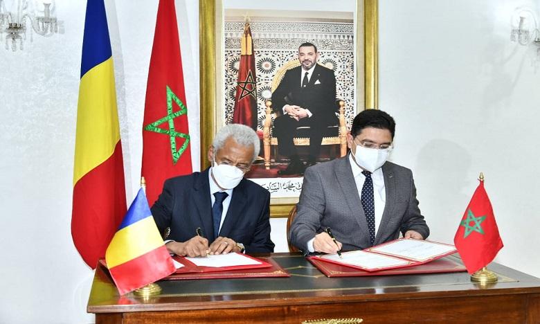 Les accords ont été signés par le ministre marocain des Affaires étrangères, M. Nasser Bourita, et son homologue tchadien, Amine Abba Siddick. Ph. DR