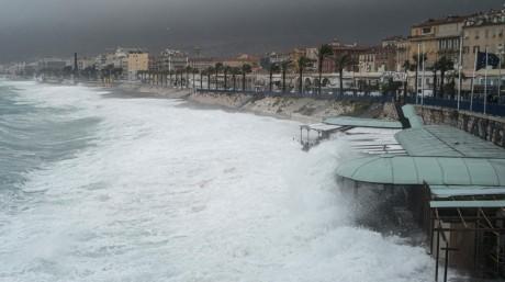 France : Au moins huit personnes portées disparues après le passage de la tempête Alex