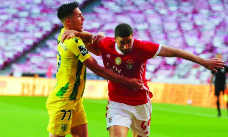 Adel Taarabt prolonge son contrat jusqu'en 2023