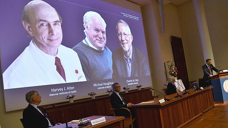 Le Nobel de médecine décerné à trois découvreurs du virus de l'hépatite C