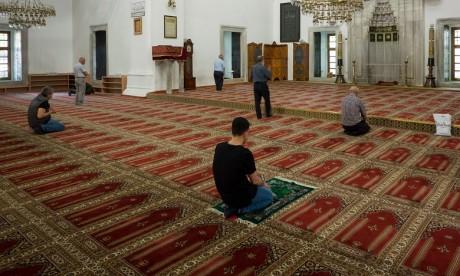 10.000 mosquées ouvertes dès ce vendredi